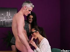 Femdomina gets facial