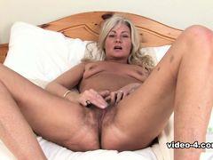 Ellen in Masturbation Movie - ATKHairy