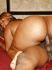 Huge black chick riding cock
