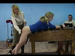 Amy vs. the Spanking Machine