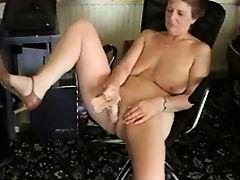 British mature with dildo