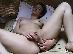 Hot French Milf Masturbates To Orgasm !