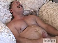 muscle daddy jerkoff